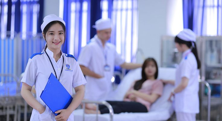 Mức lương ngành Điều dưỡng bao nhiêu